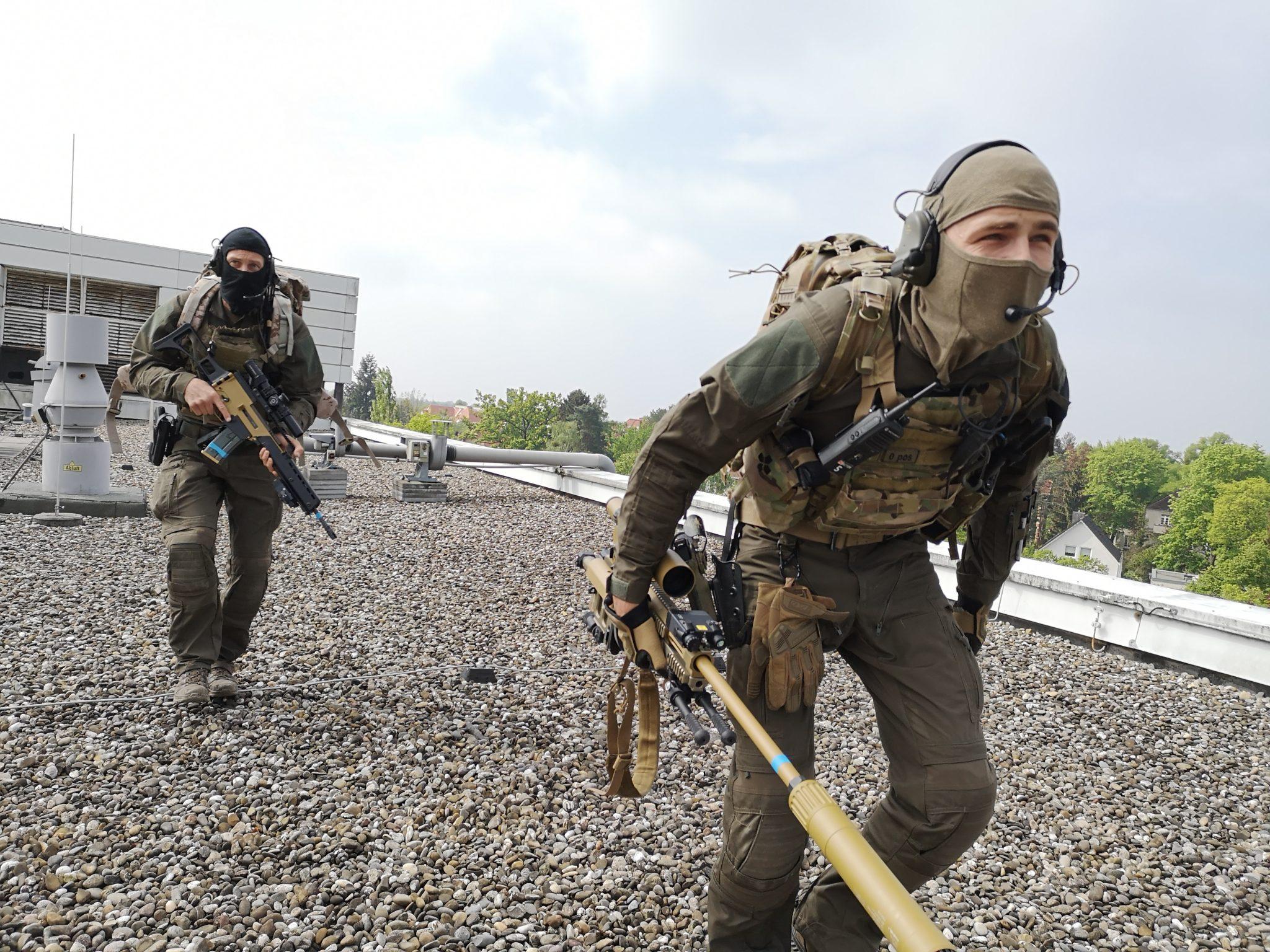 MG Action, MG Forces, Special Forces für Film, SEK Film, GSG9 Film, Polizei Film, Scharfschütze, Sniperpost